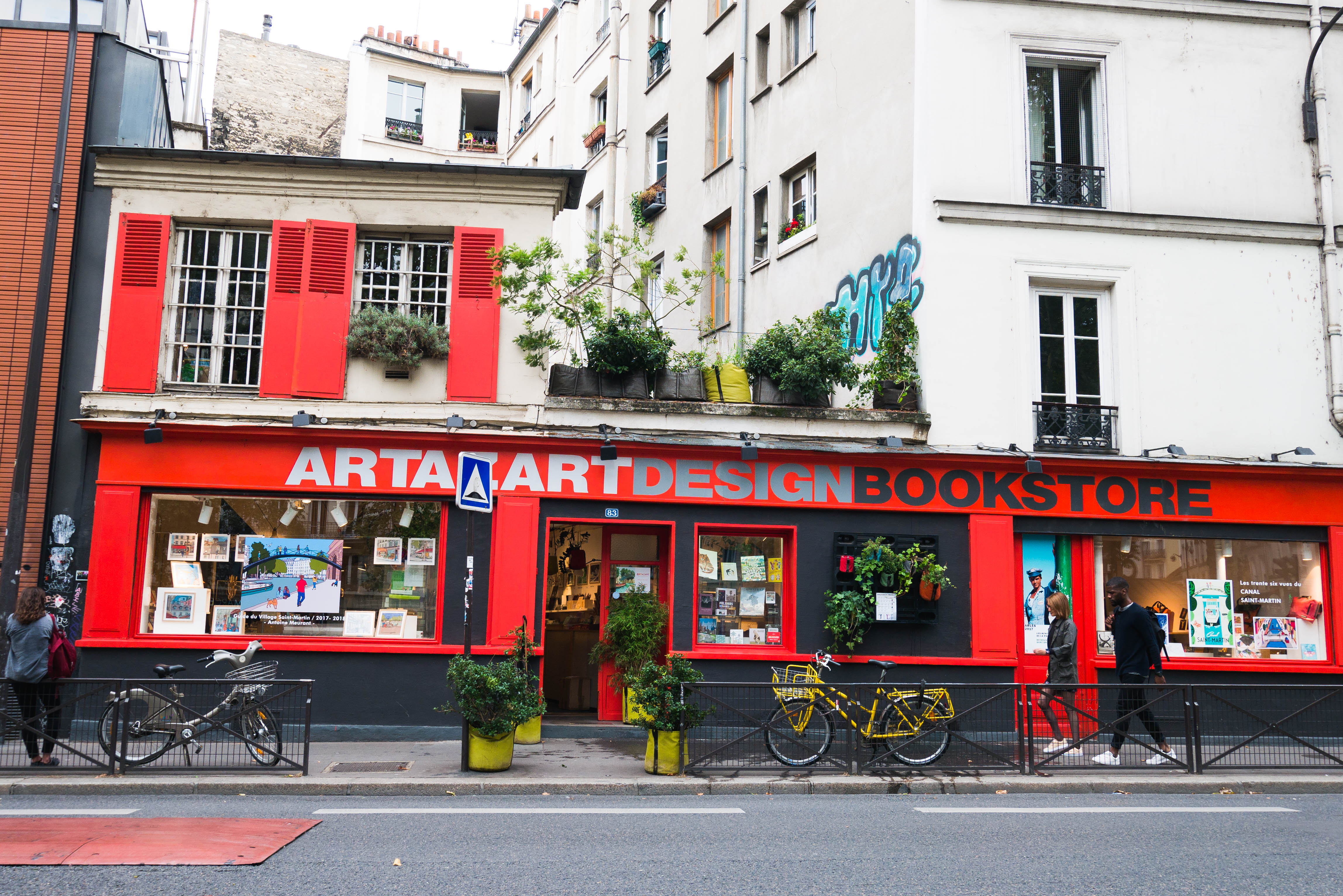 Artazart design book store Paris